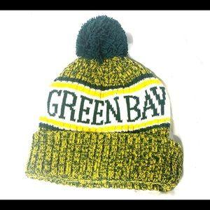 Green Bay Packer's Winter Pom Hat